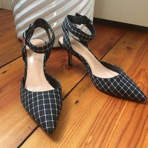 SoleSociety black checker pattern pointed toe heel